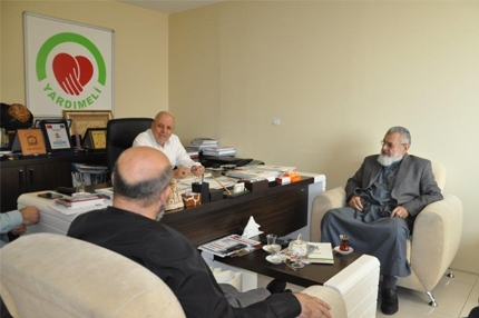 Palestine Scholars agency visits our institution
