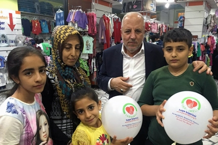 Yardımeli Dressed 1400 Oprhan in Diyarbakır